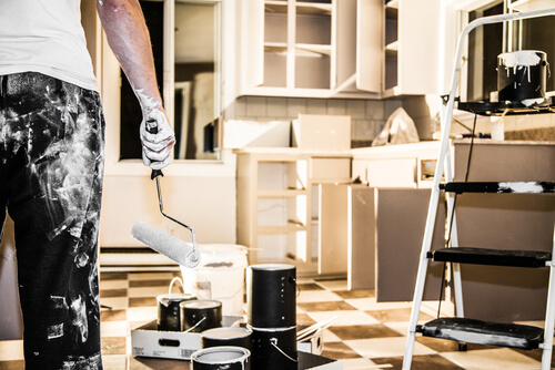 Painting Kitchen Cabinets: 10 Big Mistakes to avoid